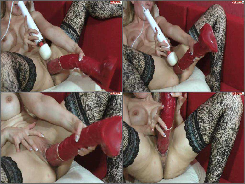 Colossal dildo penetration solo mon with silicone tits