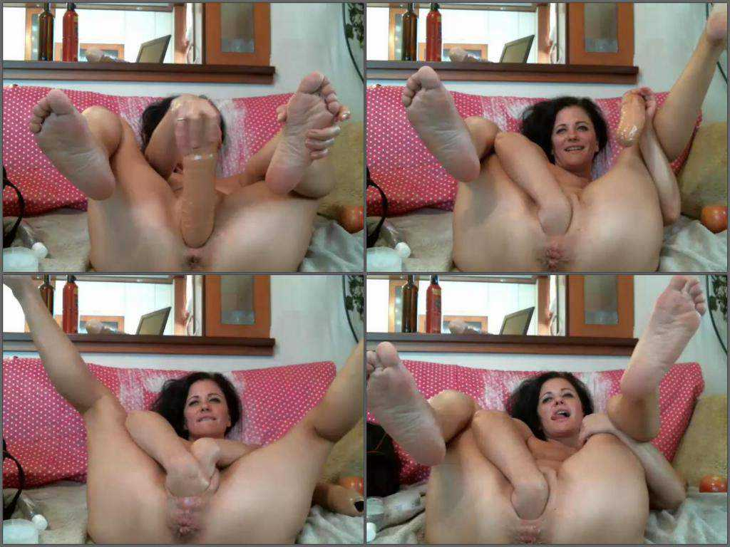 Double fisting sex hot brunette webcam porn
