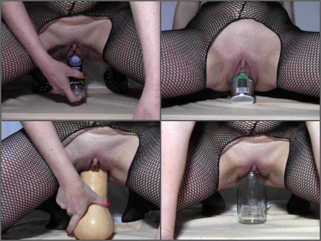 Huge bottles and vegetable penetrated extreme milf webcam