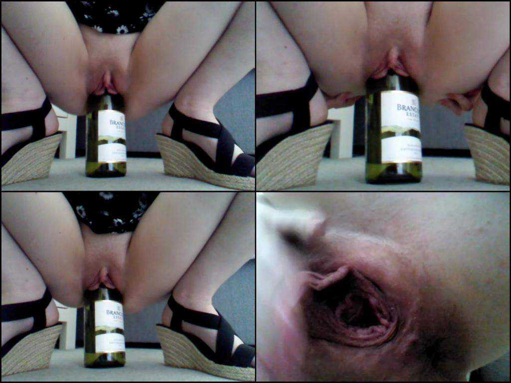 Loose pussy girl herself wine bottle rides