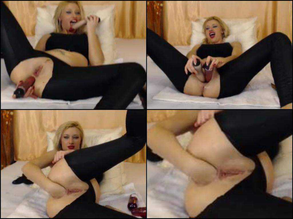 Busty blonde webcam double toy hard inserted pussy