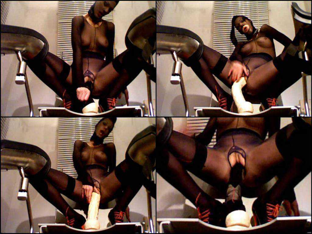 Nylon webcam Fetish and Dildo pussy crazy girl