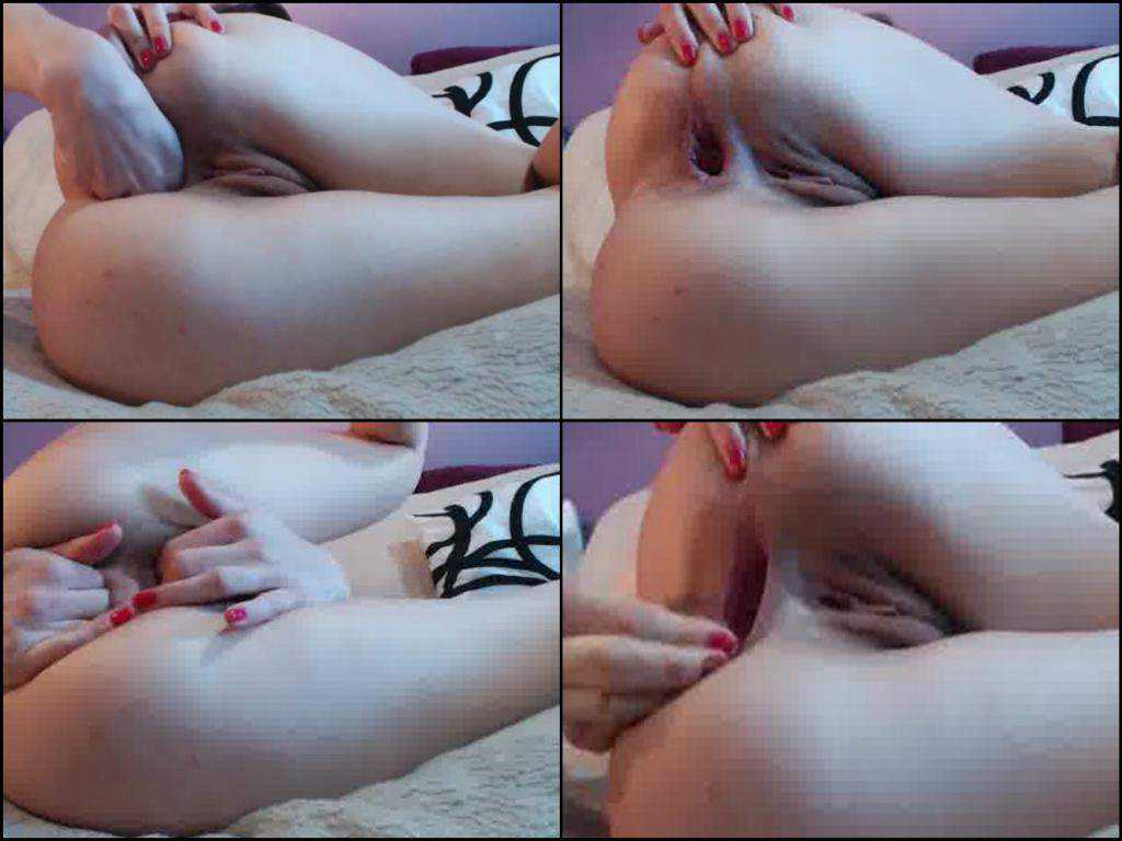 Homemade fingering anal and really colossal gape