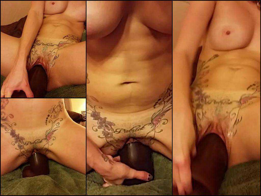 Sexy tattooed slut fantastic dildo rides extreme