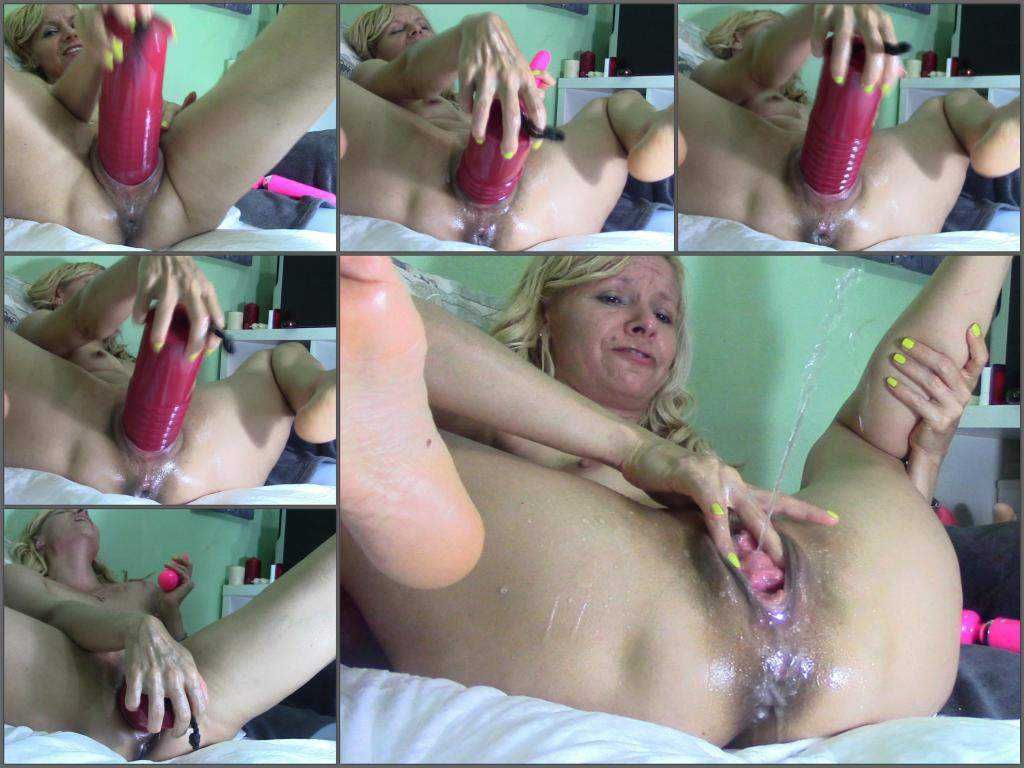 Nice Ass Ride Dildo Squirt