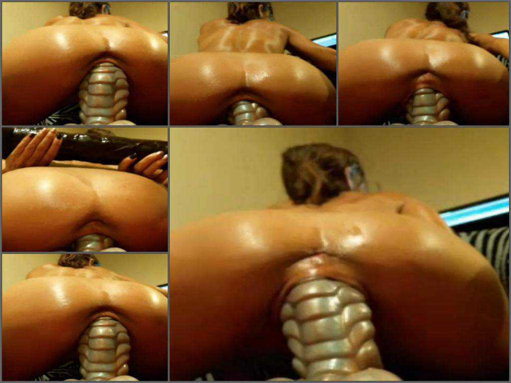 Big tits mature penetration really big dragon dildo in stretched cunt