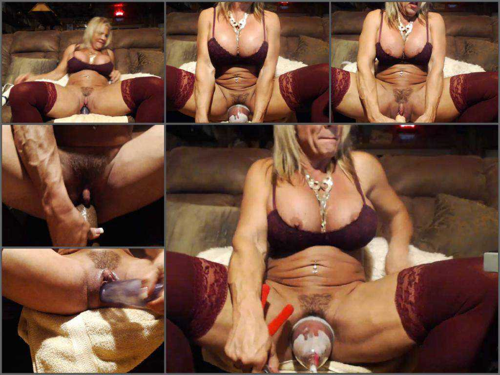 Muscular mature musclemama4u with giant clit solo vaginal pump
