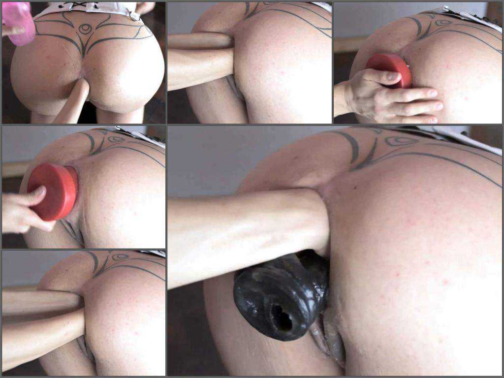 Dildo anal – Awesome big ass MILF gets double fisted and double penetration with dildo