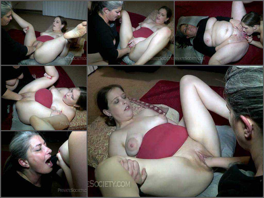 Close up – Two mamas getting down! Younger milf gets fisted and lactates on older milf