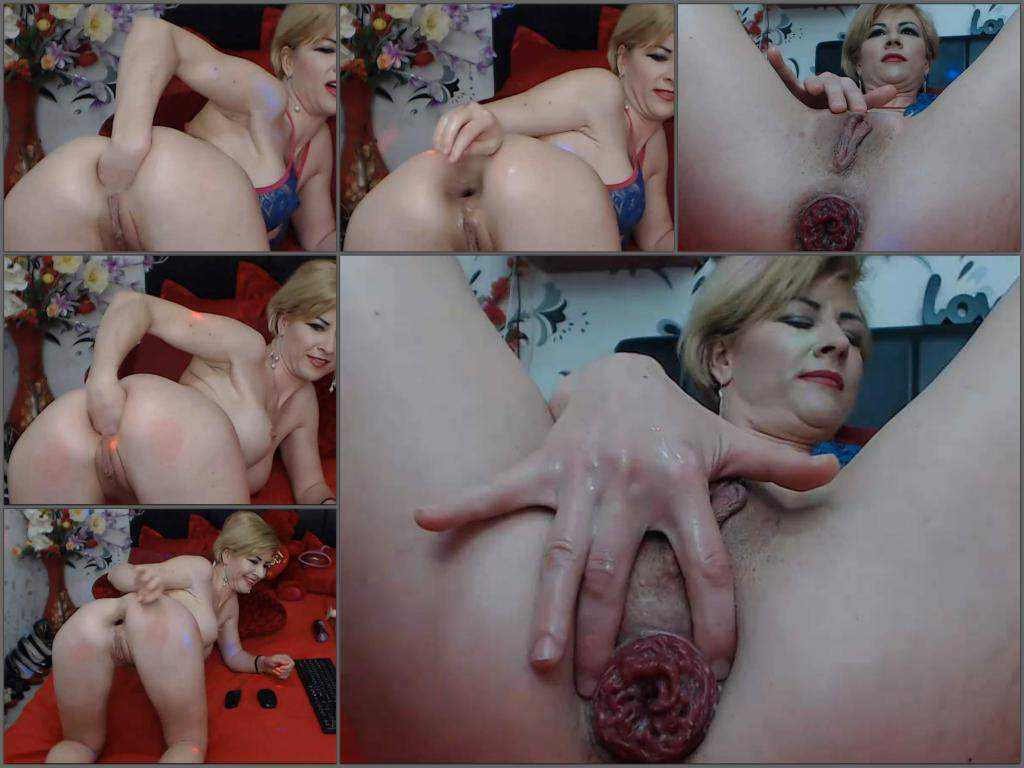 Anal prolapse – Abuse blonde milf Kinkylolaxxx self fisting to sweet prolapse