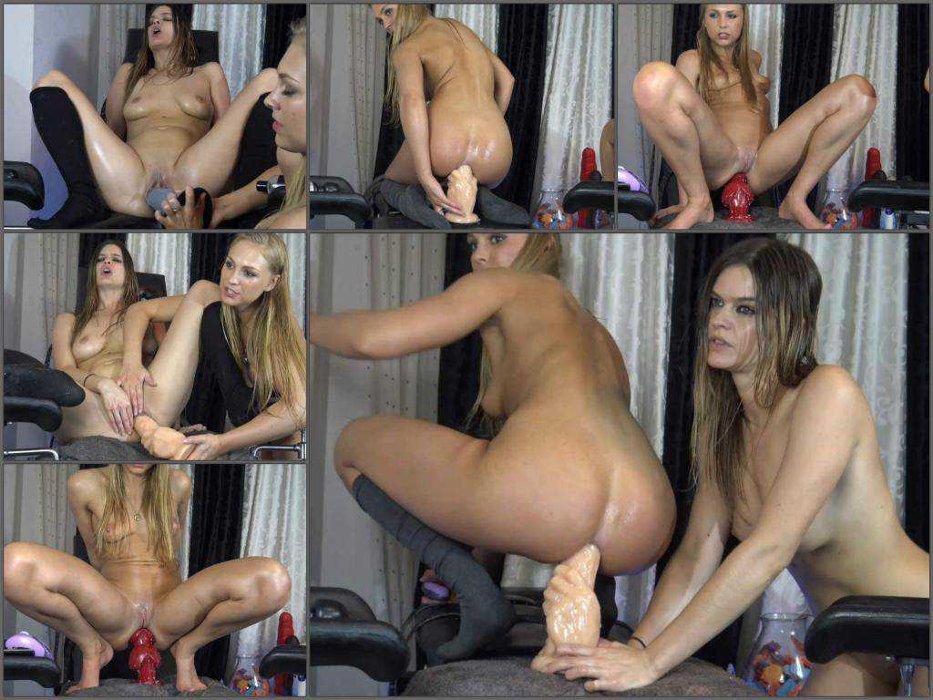 Dildo riding – Siswet19 and cherryflowerxxx dildo anal penetration each other