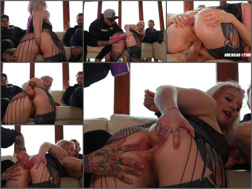 Gaping asshole – Proxy Paige has anal stuffing by 2 MegaDicks and bottle