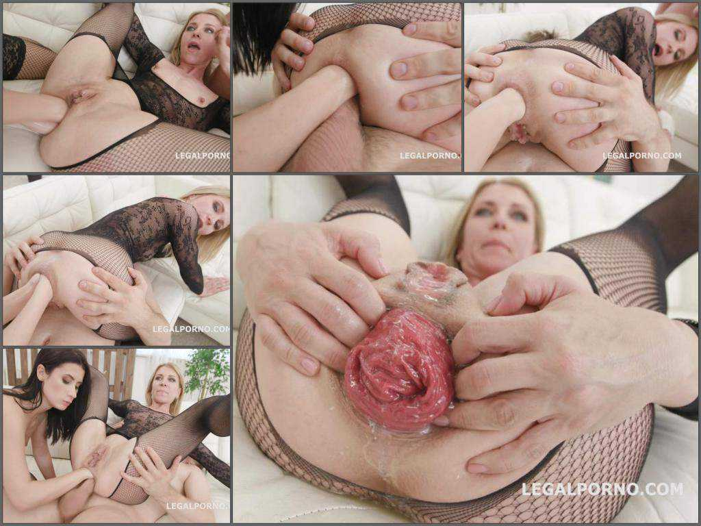 Close up – Sindy Rose show epic anal prolapse after double fisting from Nicole Black