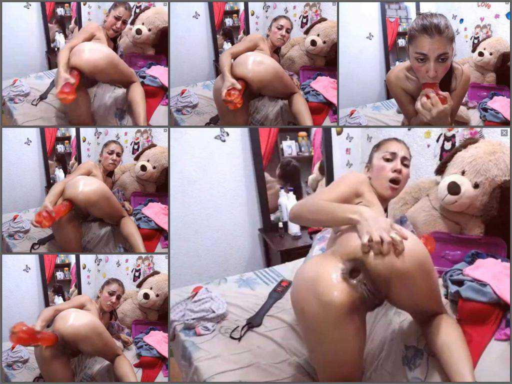 Deepthroat – Webcam latin brunette big anal gape stretched during dildo sex