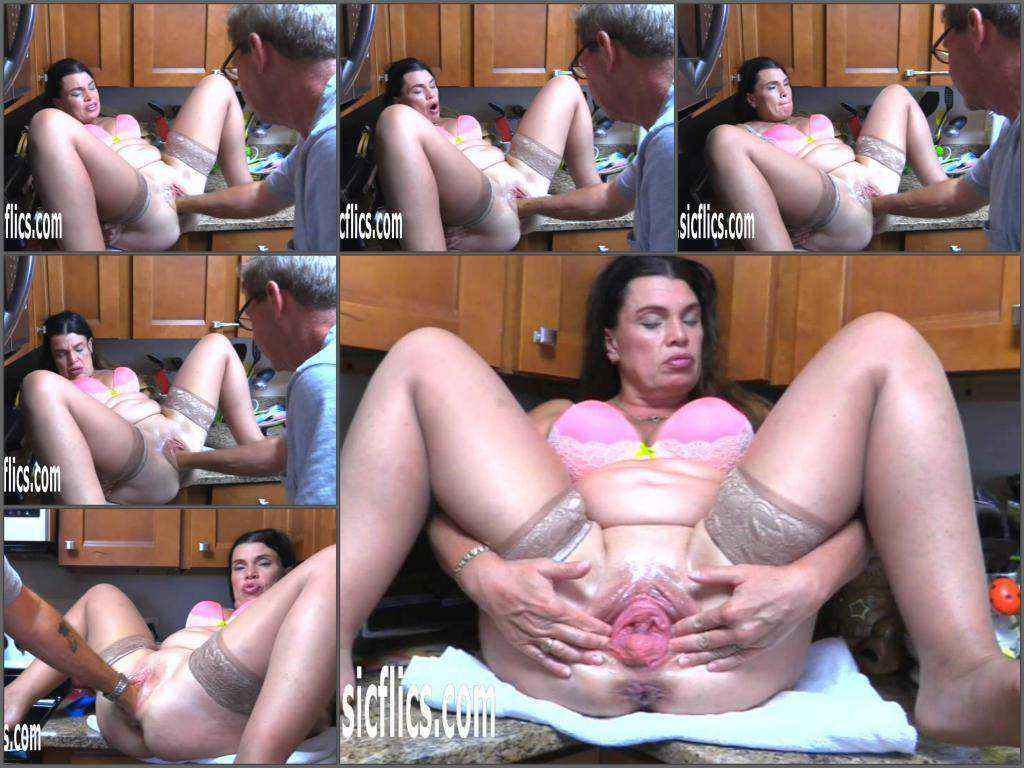 Couple fisting – Hottabbycat pussy prolapse loose during deep fisting from husband