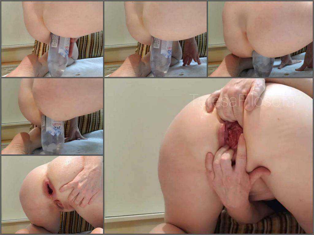 Prolapse porn – TeresaFilosofa anal rosebutt ruined during big bottle rides
