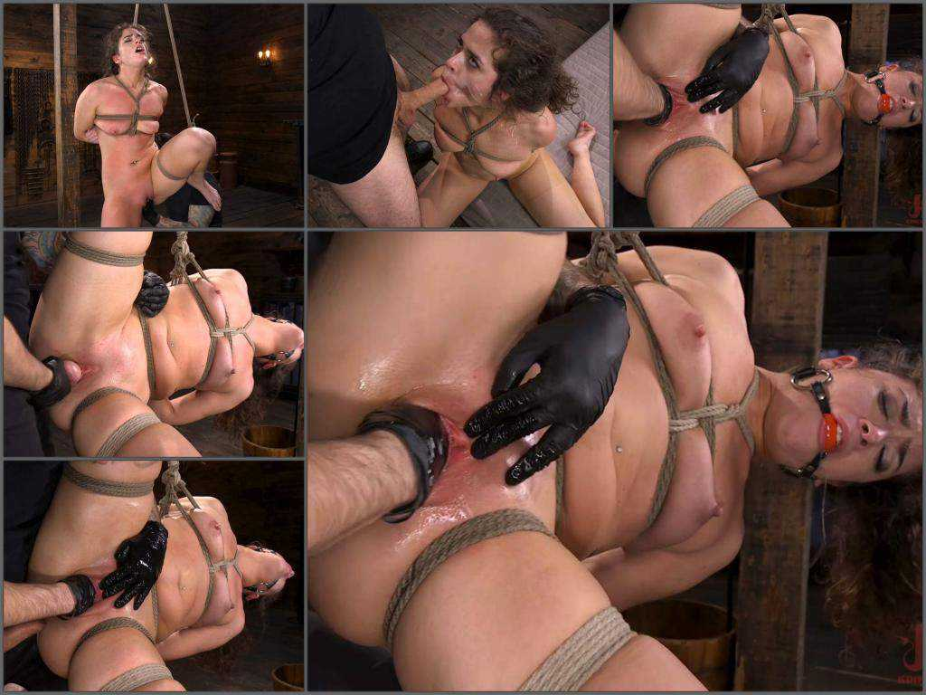 Closeup – Bondage Victoria Voxxx gets fisted with rubber glove