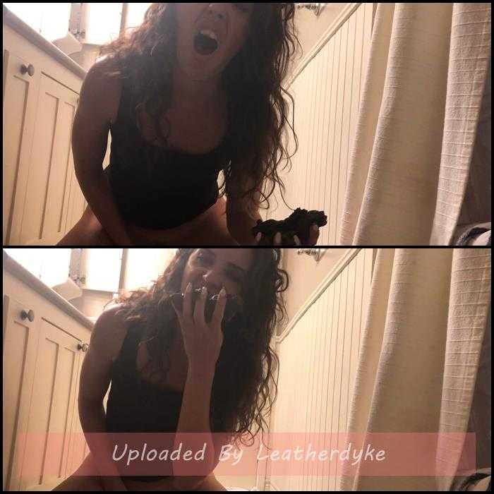 Shit slut cumming as she eats her shit with TinaAmazon | Full HD 1080p | May 4, 2020