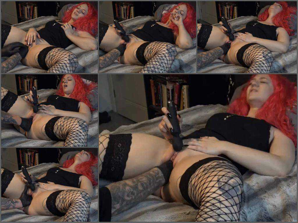 Girl gets fisted – Homemade redhead big ass girl first try fisting sex