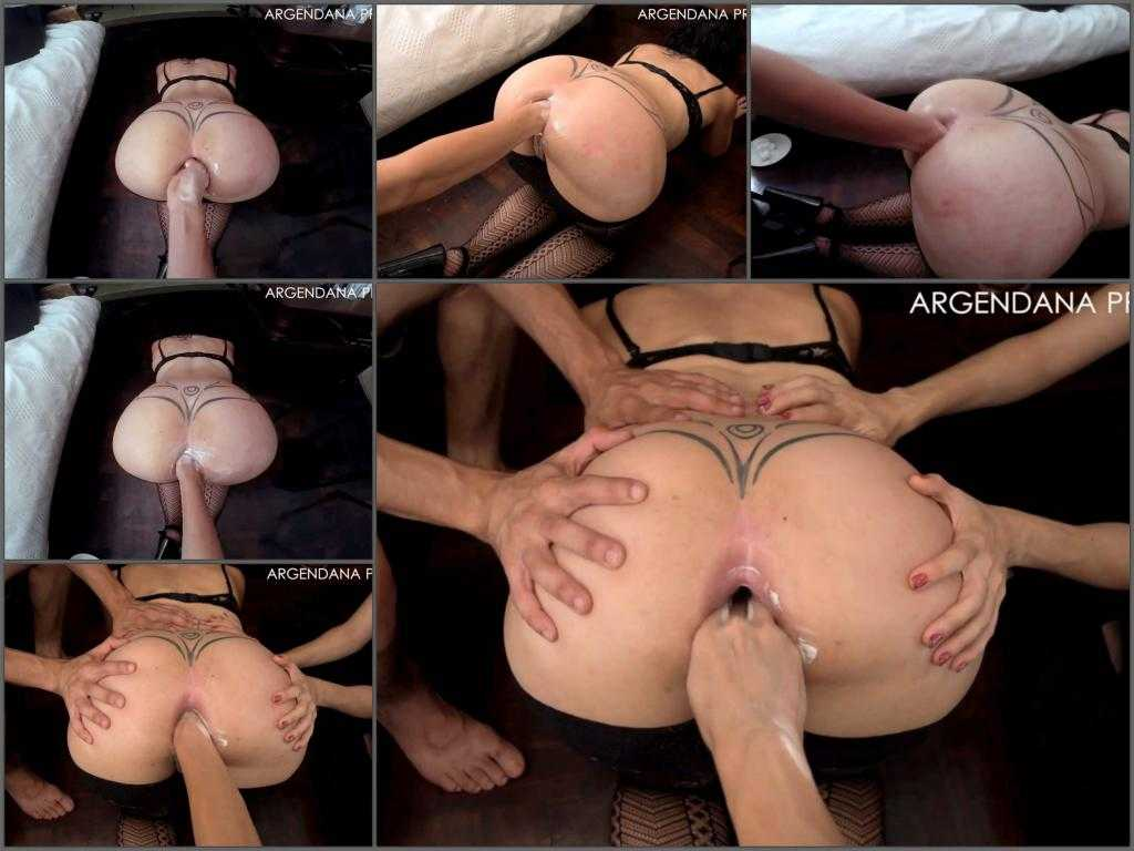 Gaping asshole – Big ass latina enjoy deep fisting in doggy pose – hot compilation