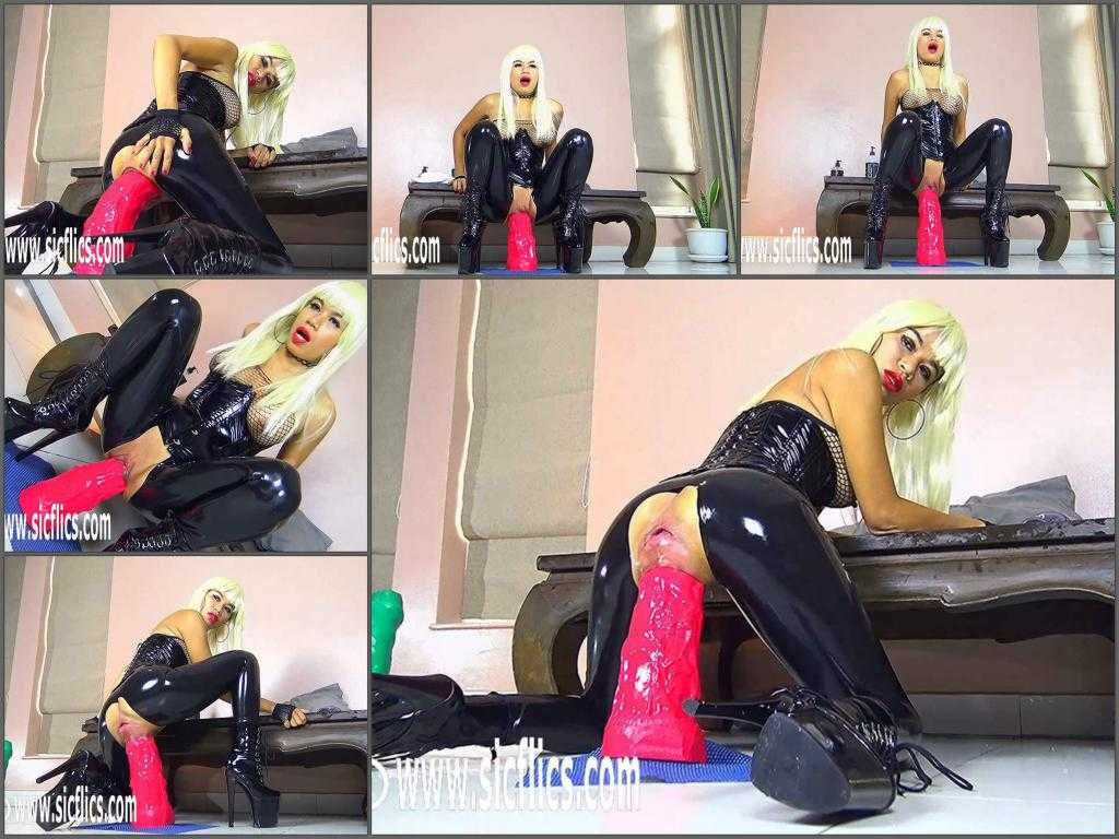 Dildo porn – Big fake tits blonde girl epic red rubber dildo deep fuck in pussy