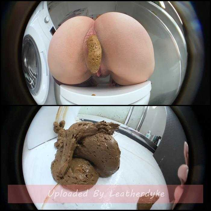 Big Assed Girl Pushing Hard with DirtyBetty | Full HD 1080p | Apr 20, 2021