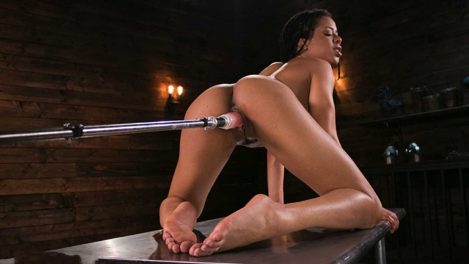 Young and Athletic Ebony Bombshell Gets an Anal Machine-Fucking | HD 720p | June 7, 2017