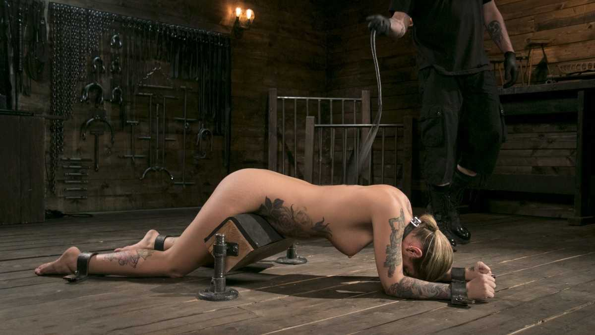 Blonde Submissive Bombshell Kleio Valentien Gets Punished and Pleasured in Strict Bondage | HD 720p | June 30, 2017