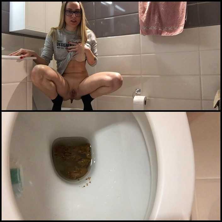 Saturday poop – EllaGilbert | Full HD 1080p | June 12, 2017