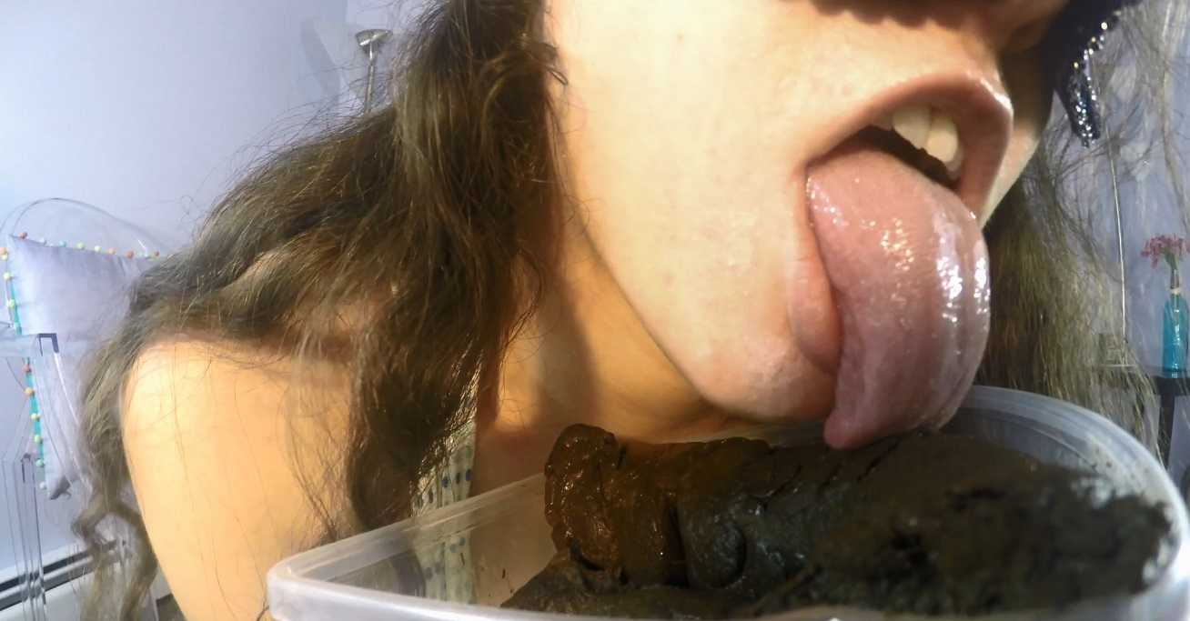 Lick and EAT This Perfect Poop With Me with LoveRachelle2 | Full HD 1080p | November 22, 2017