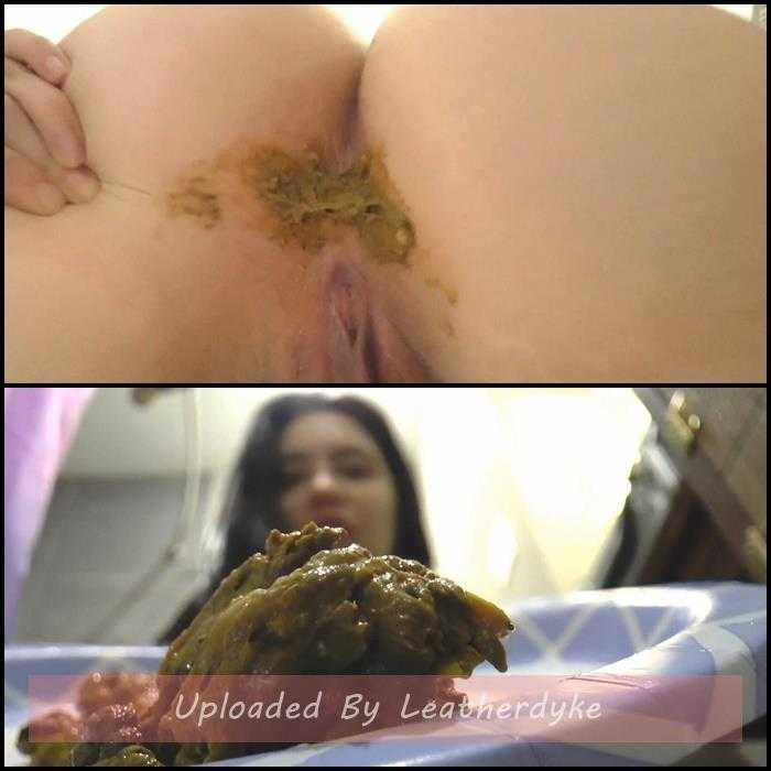 Upskirt Shits with VeronicaSteam